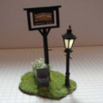 OO Scale Pub Sign with Lamppost